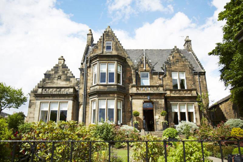 <br /> <b>Notice</b>:  Undefined index: hotel_image_name in <b>/homepages/13/d564742942/htdocs/scotland-hotels.com/regions.php</b> on line <b>159</b><br />
