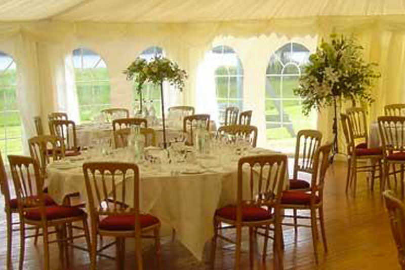 Marque for larger weddings at Kilcamb
