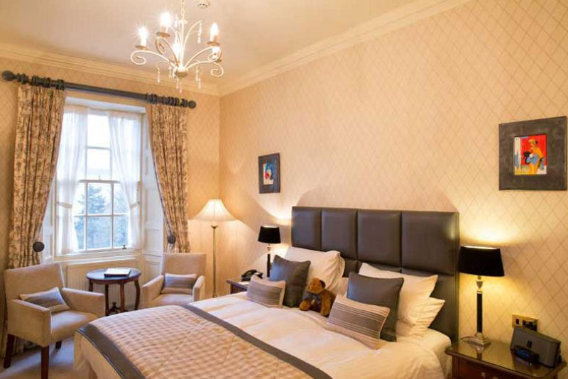 Peebles Junior Suite